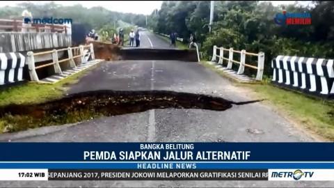 Jembatan Penghubung Antar Kabupaten di Bangka Belitung Putus Diterjang Banjir