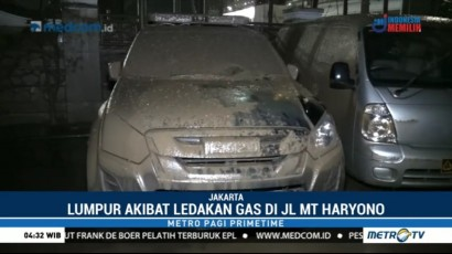 Kantor BNN Penuh Lumpur akibat Pipa Gas Bocor