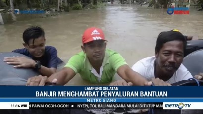 3 Korban Banjir di Lampung Selatan Jadi Relawan Penarik Perahu