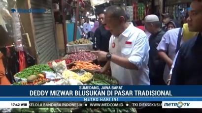 Deddy Mizwar Blusukan ke Pasar Parakan Muncang