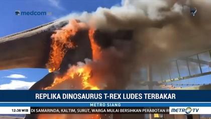 Replika Dinosaurus Ludes Terbakar di Colorado