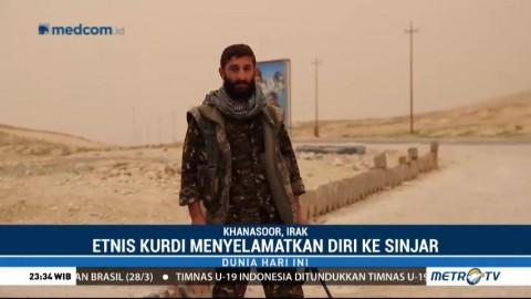 Etnis Kurdi Menyelamatkan Diri ke Sinjar