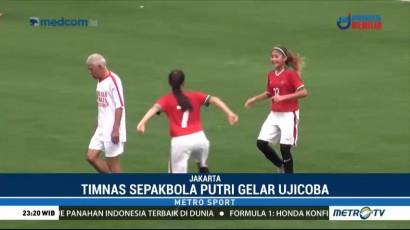Timnas Sepak Bola Putri Menang 3-2 atas Tim Legenda Indonesia