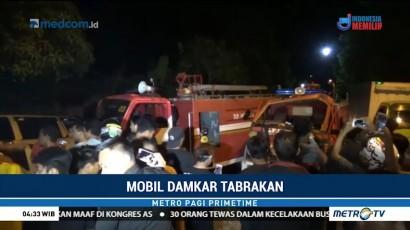 Dua Mobil Damkar dan Minibus Tabrakan di Jalinbar Sulawesi