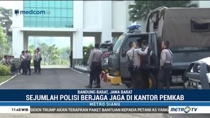 Polisi Jaga Ketat Kantor Pemkab Bandung Barat