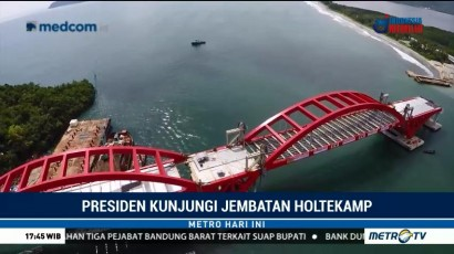Jokowi Tinjau Proyek Jembatan Holtekamp di Jayapura