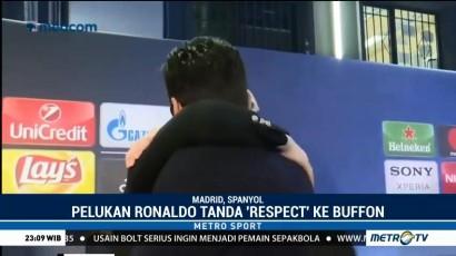 Pelukan Hangat Ronaldo untuk Buffon