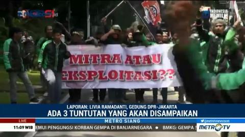 Pengemudi Ojek <i>Online</i> akan Demo di Depan Gedung DPR
