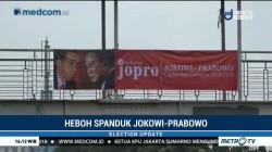 Spanduk Jokowi-Prabowo Tersebar di Jaksel