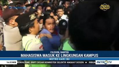 Unjuk Rasa Mahasiswa UIN SMH Banten Berujung Bentrok
