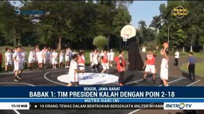 Jokowi Main Basket Bareng Peserta DBL di Istana Bogor