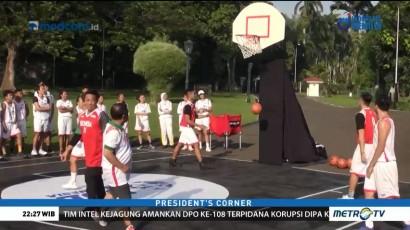 Saat Timnas Basket Bertanding Melawan Tim Jokowi