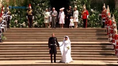 Pangeran Harry dan Meghan Markle Keluar dari Kapel St. George