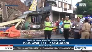 Polisi Gelar Olah TKP Kecelakaan Maut di Brebes