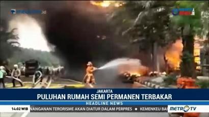 Puluhan Rumah di Jatinegara Hangus Terbakar