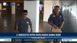 Bercanda Bawa Bom, Dua Anggota DPRD Diturunkan dari Pesawat