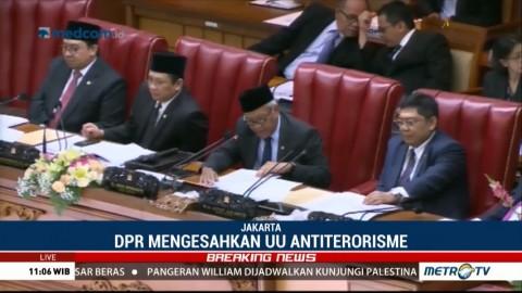 Rapat Paripurna DPR Sahkan RUU Terorisme