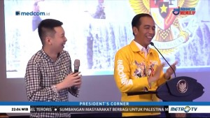 Jaket Kuning Jokowi Curi Perhatian