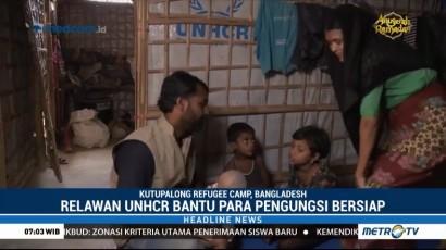 Relawan Bantu Pengungsi Rohingya Bersiap Hadapi Musim Monsoon