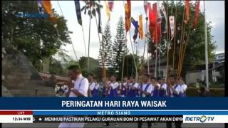 Kirab Air & Api Diperkirakan Tiba di Borobudur Pukul 13.00 WIB