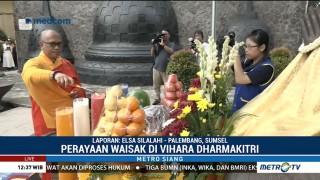 Perayaan Waisak di Wihara Dharmakirti Diawali Lagu Indonesia Raya