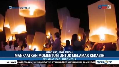 Umat Buddha Lepaskan Ribuan Lampion di Borobudur