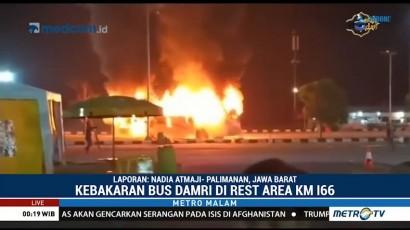 Bus Damri Terbakar di Tol Cipali