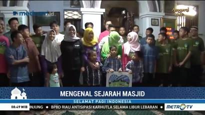 Komunitas Ini Ajak Anak-anak Yatim Mengenal Sejarah Masjid