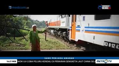 Sang Penjaga Amanah: Nenek Penjaga Perlintasan Kereta Api