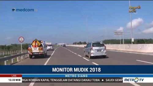 Arus Lalin di Tol Palembang-Indralaya Lengang