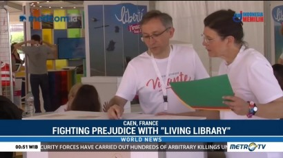 Fighting Prejudice with Living Library