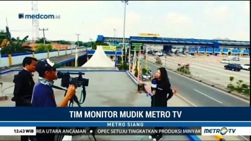 Di Balik Layar Tim Monitor Mudik Metro TV Tol Cikarang Utama