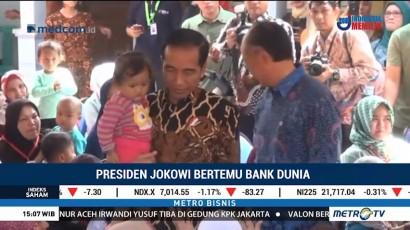 Jokowi Ajak Presiden Bank Dunia Blusukan ke Posyandu