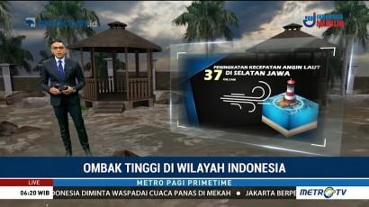 Ombak Tinggi di Wilayah Indonesia