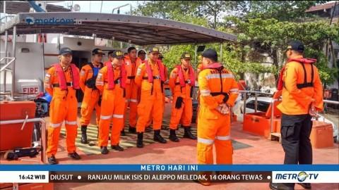 Kapal Nelayan Terbalik di Perairan Indramayu