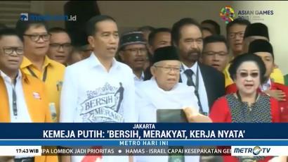 Kemeja Putih Jokowi Mencuri Perhatian