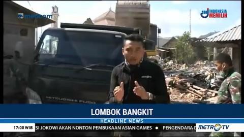 TNI-Polri Bersihkan Puing-puing Sisa Gempa Lombok