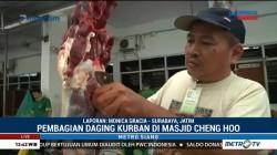 Suasana Pemotongan Hewan Kurban di Surabaya dan Banda Aceh