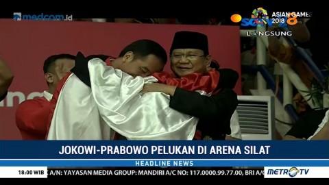 Jokowi-Prabowo Pelukan di Arena Silat
