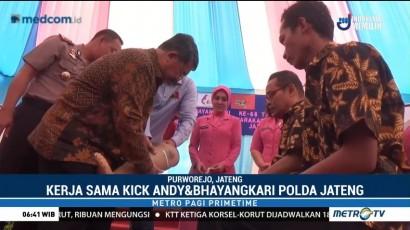 Kick Andy Foundation-Bhayangkari Polda Jateng Bagikan Kaki Palsu di Purwerejo