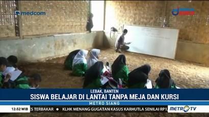 Miris, Sekolah di Banten Ini Berlantai Tanah dan Berdinding Bambu