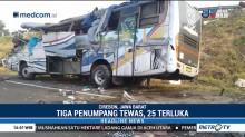 Bus Tabrak Truk di Tol Kanci-Pejagan, 3 Tewas dan 25 Luka Berat