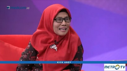 Kick Andy - Perempuan Pembawa Senyuman (1)