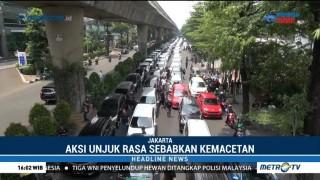 Ratusan Driver Ojek Online Demo Kantor Go-Jek, Lalin Blok M Macet Parah