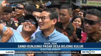 Sandiaga Kunjungi Pasar Desa Bojongkulur Bogor