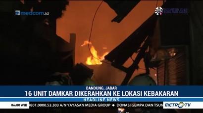 Ratusan Kios di Pasar Sederhana Bandung Terbakar