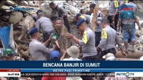 Warga dan Tim SAR Bersihkan Sisa Banjir Bandang di Mandailing Natal