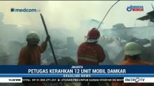 15 Rumah Kontrakan di Klender Hangus Terbakar