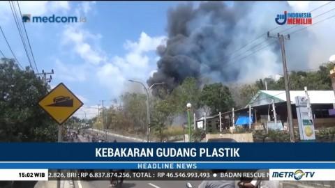 Pabrik Daur Ulang Plastik di Parepare Hangus Terbakar
