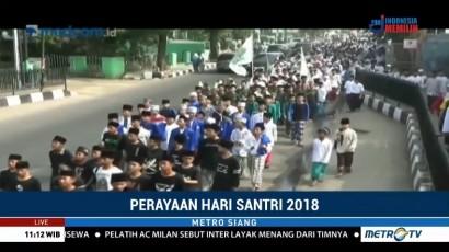 Ribuan Santri di Purwakarta Ikuti Jalan Santai Sarungan